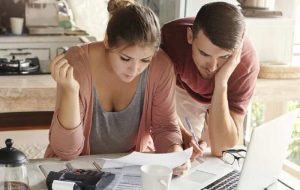 How Your Credit Rating is Affected When Consolidating Credit Card Debt